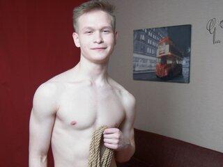 Nude LeoArdent